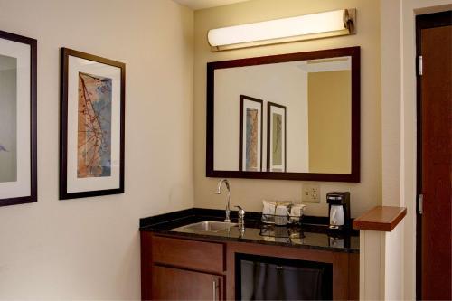 Hyatt Place Minneapolis/Eden Prairie - Eden Prairie, MN 55344