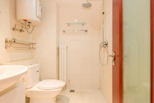 LayMayRest Serviced Apartment photo 8