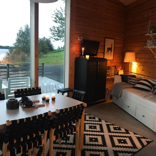 Riverside Cottage Aalto Borealis