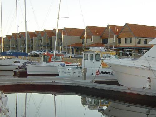 . Port Geographe Marina Villas