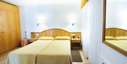 Hotel Miramar Badalona photo 23