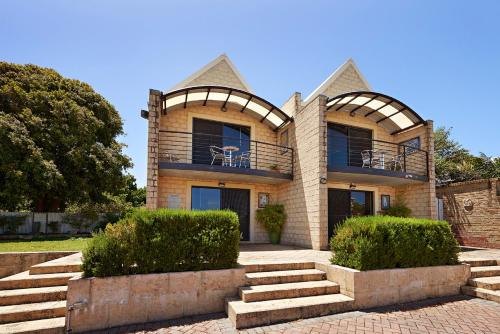 . Albany Harbourside Apartments And Houses