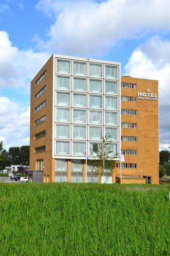 New Century Hotel photo 35