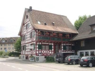 Restaurant Pizzeria Rotes Haus, Pension in Münsterlingen bei Gottlieben