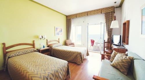 Hotel Miramar Badalona photo 32