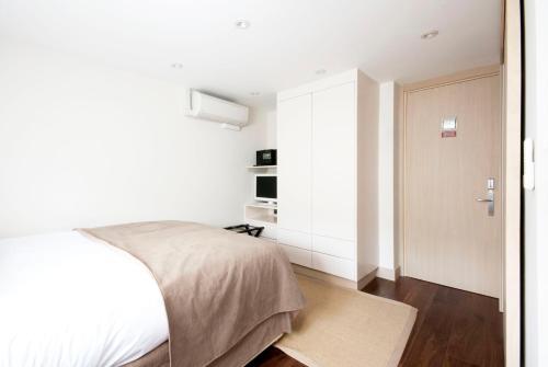 Claverley Court Apartment Knightsbridge photo 54