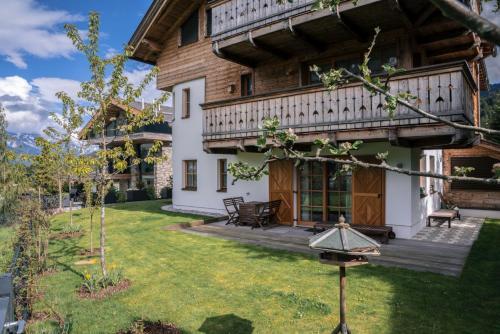 . Steinberghaus Apartments