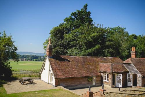 . Cowdray Lodge