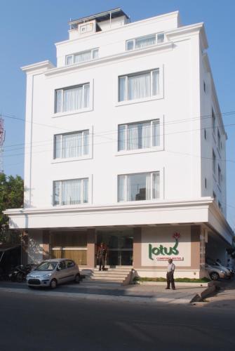 Lotus Comfort - A Pondy Hotel