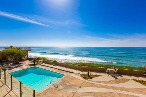 #168 - Beach Club Condo Two-Bedroom Apartment