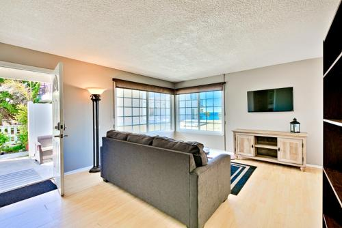 SC-15352 - Serenity By The Sea Two-Bedroom Apartment - San Clemente, CA 92672