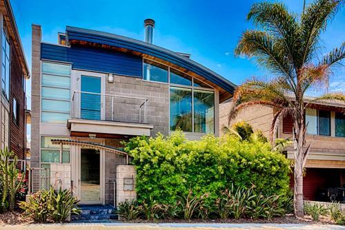 #331 - Luxury at WindanSea Six-Bedroom Holiday Home