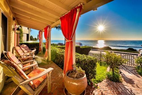 #402 - Paradise by the Sea Three-Bedroom Holiday Home