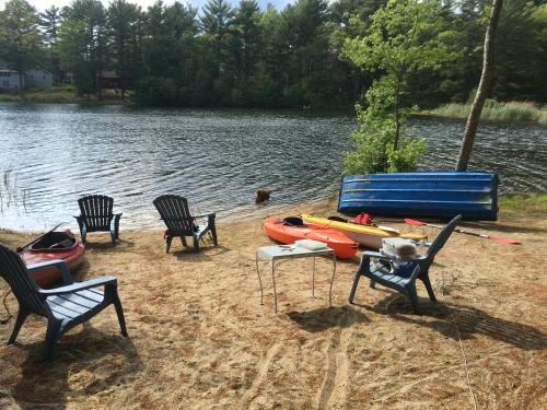 Clear Pond Getaway - Plymouth, MA 02360