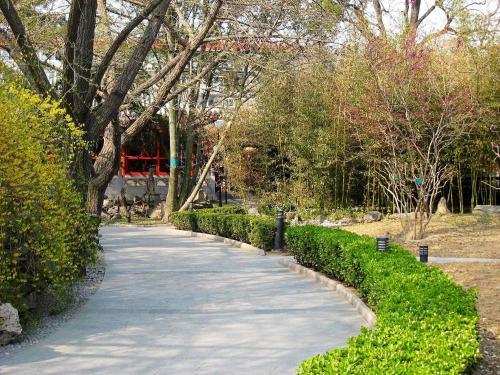 Bamboo Garden Hotel photo 2
