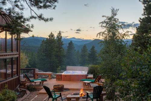 Romantic Mountain Cabin for 2 - Lincoln Hills