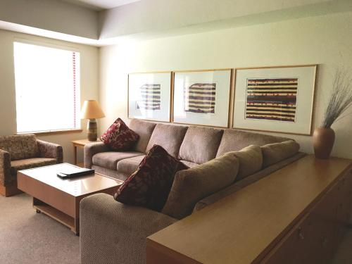 Squaw Valley Lodge - Accommodation - Olympic Valley