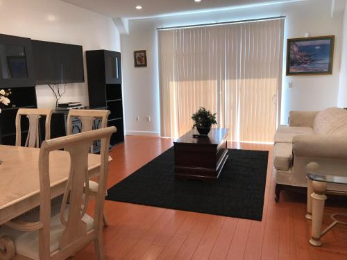 Hotel Fully Furnished Apartment In La Close To Beverly Hills 1