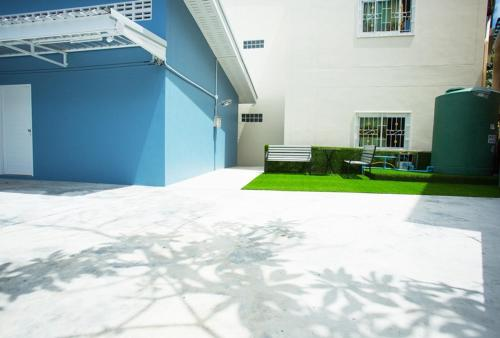 Near boxing center, New 1BR wh kitchen, Sofa bed, Wifi Near boxing center, New 1BR wh kitchen, Sofa bed, Wifi