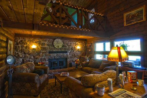 High Country Lodge - Pagosa Springs, CO 81147