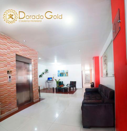 HotelHotel Dorado Gold Airport