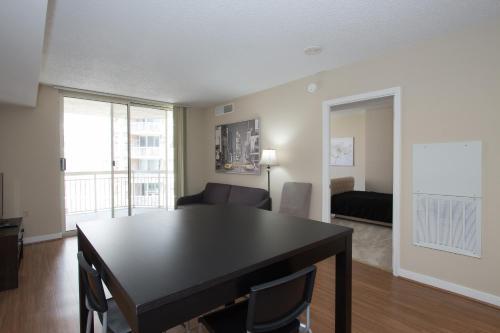 . Pentagon City Luxury Apartment