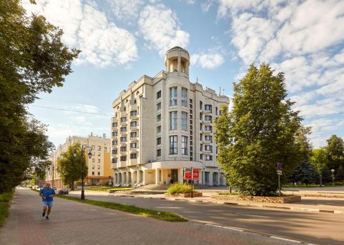 . Oktyabrskaya Hotel