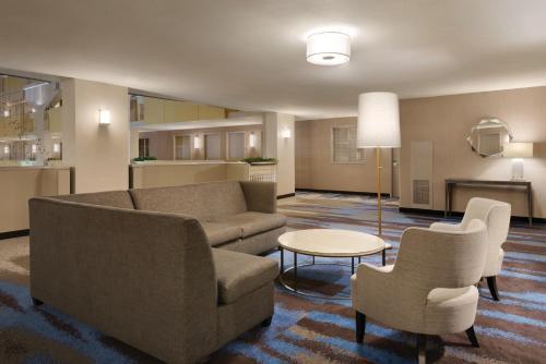 Embassy Suites Atlanta at Centennial Olympic Park - Atlanta, GA GA 30313
