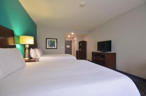 Hilton Garden Inn Fayetteville - Fayetteville, AR 72704