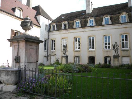 Le jardin des chanceliers - Location saisonnière - Beaune