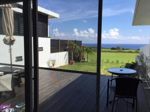 Ocean Villa Honey