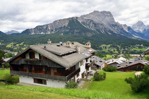 Hotel Cortina - Cortina d`Ampezzo