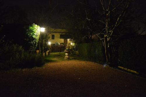 Villa Camilla Apt 2 Comix