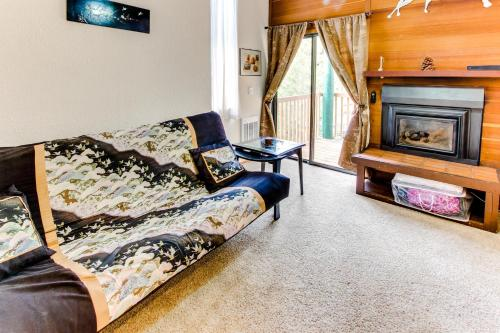Kings Run Central Condo With Pool And Hot Tub!
