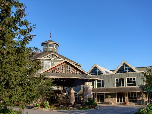Deerhurst Resort - Photo 2 of 54