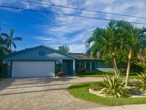 Villa On The Canal - Delray Beach, FL 33483