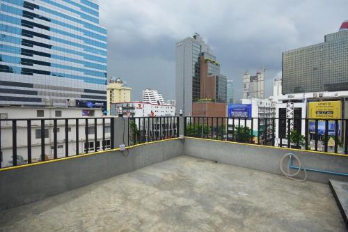 The Chatbox Silom Hostel photo 5