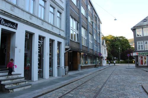 . MB Apartments