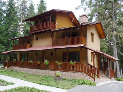 Villa Shisharka