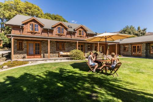 Wanaka Homestead Lodge&Cottages - Accommodation - Wanaka