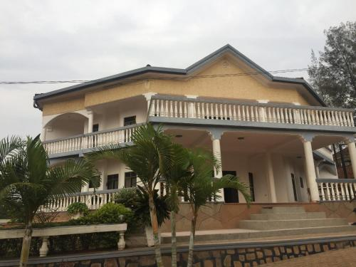 Romalo Guesthouse