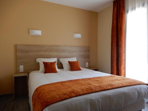 __{offers.Best_flights}__ Hotel Marinet