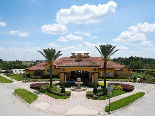 STAY 5 MINUTES FROM DISNEY-CHLOE HOUSE - Kissimmee, FL 33837