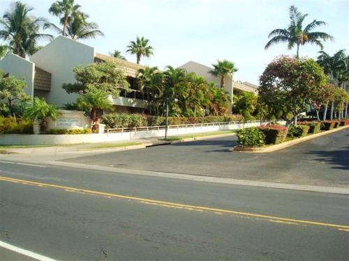 Maui Banyan Vacation Club - Kihei, HI 96753