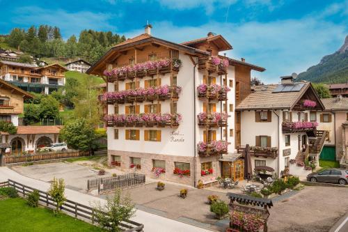 Romantic Charming Hotel Rancolin Moena