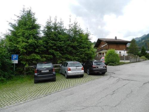 Apartment Mutthorn - Hotel - Gsteig