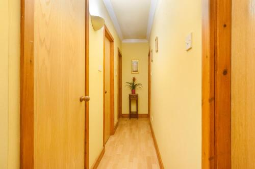Lovely 2 bed in Dean Village with Private Parking photo 19