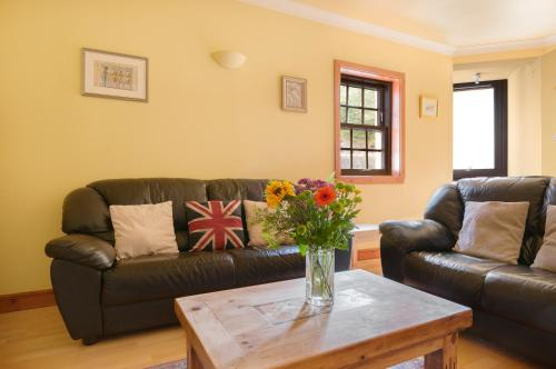 Lovely 2 bed in Dean Village with Private Parking photo 20