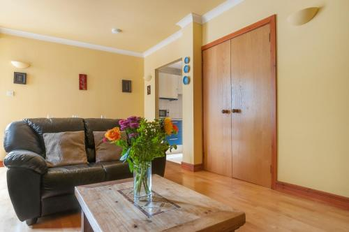Lovely 2 bed in Dean Village with Private Parking photo 21