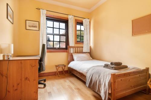 Lovely 2 bed in Dean Village with Private Parking photo 30